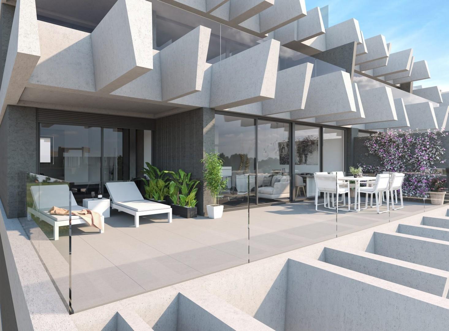 Indrukwekkend nieuwbouwcomplex met fantastisch uitzicht naar de kust bij Estepona.PL68
